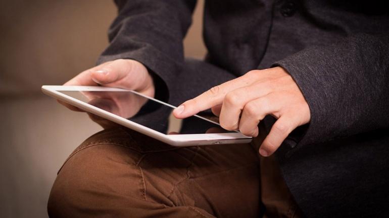 Huawei ведет переговоры об установке российской ОС на планшеты для переписи населения страны