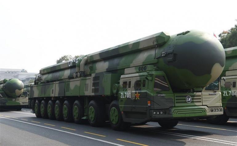 Китай представляет самые современные межконтинентальные стратегические ядерные ракеты