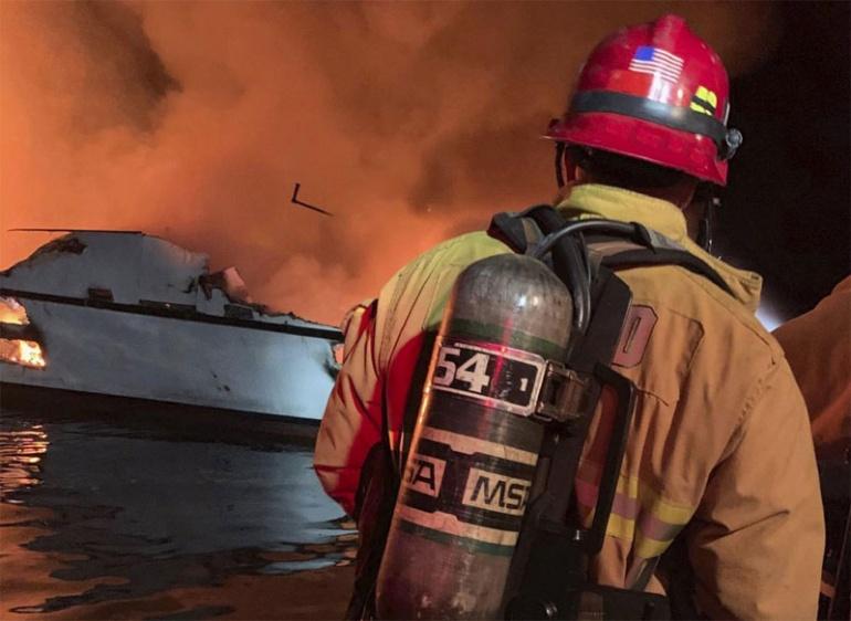 Число погибших в результате пожара в калифорнийской лодке выросло до 8 человек