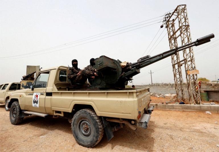 Восточная армия Ливии в воскресенье объявила об убийстве более 90 военнослужащих