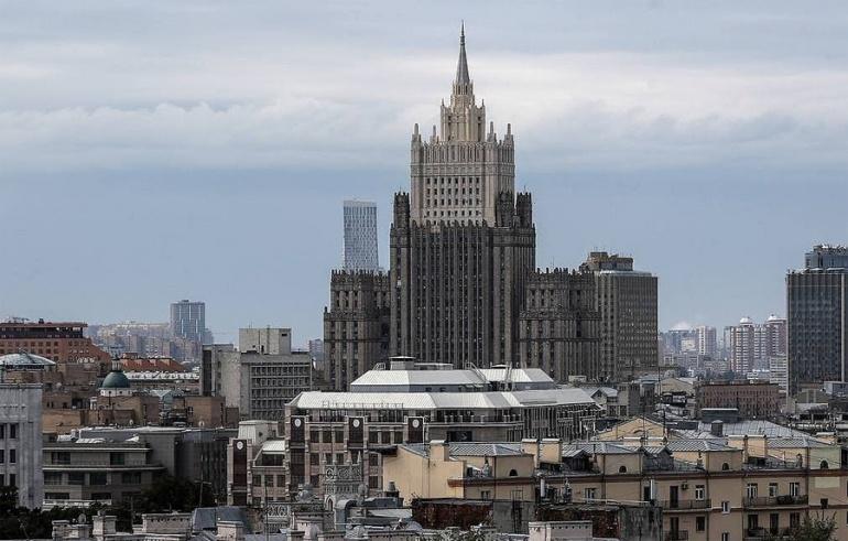 Москва выдвигает протест по поводу допроса ФБР российского депутата