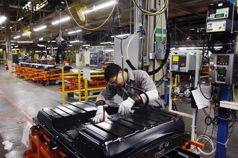 Япония и китайские фирмы объединяют усилия для производства аккумуляторных материалов для растущего рынка электромобилей