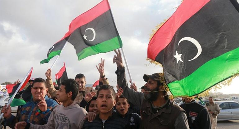 Италия и Франция обещают действовать согласованно после переговоров по иммиграции, Ливия