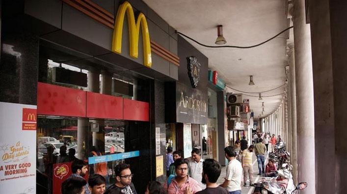Mcdonalds грозит бойкотом в Индии за подачу халяльного мяса