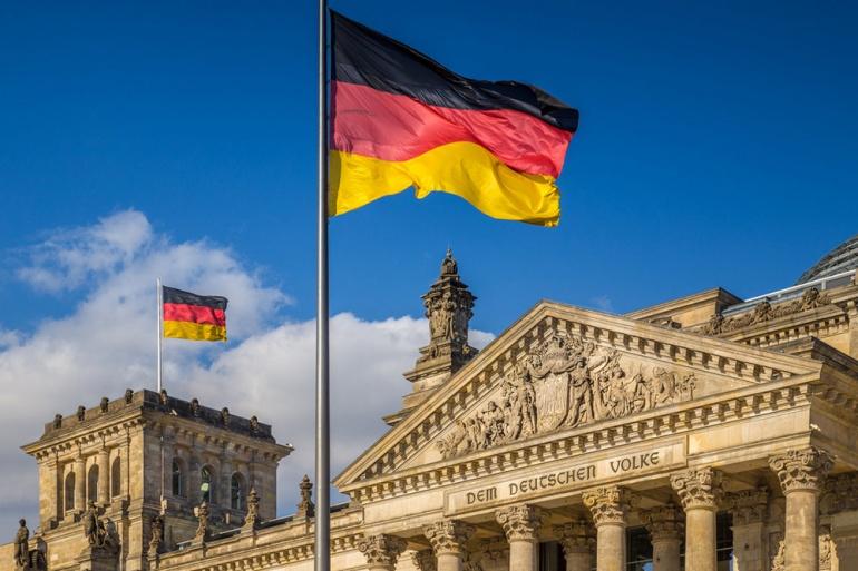 Как будут сниматься ограничения на пересечение границ в Германии